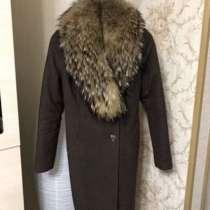 Пальто с натуральным мехом, в Благовещенске
