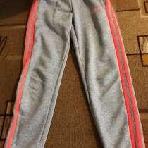 Спортивные штаны Adidas(оригинальные), в Лысьве