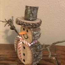 Снеговик из дерева, в Комсомольске-на-Амуре