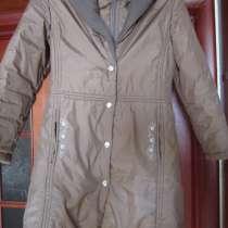 Демисезонное пальто для девочки, в Москве