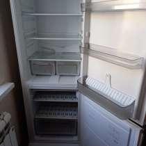 Продам холодильник аристон, в Ульяновске
