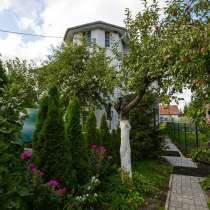 Дом 250м на участке 50 соток, баня, своё озеро, в Калининграде