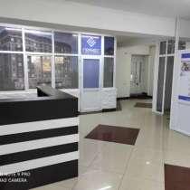 Продаю Офисное помещение по ул. Ахунбаева, напротив парка Ат, в г.Бишкек