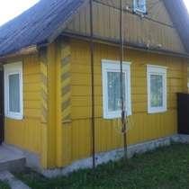 Продается деревянный дом на берегу озера, в г.Глубокое