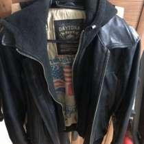 Куртка кожаная с капюшоном мужская, в Москве