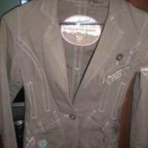 Пиджак с вышивками, в г.Донецк