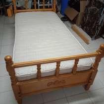 Продам деревянную кровать б/у, в Геленджике