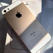 Продам iPhone SE, в Заречного