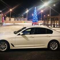 Водитель с личным авто, в Москве