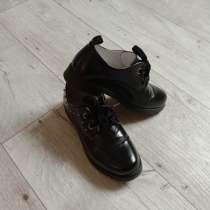 Продам недорого туфли женские, в Ижевске