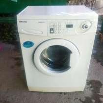 Продам стиральную машину торг уместен, в Симферополе