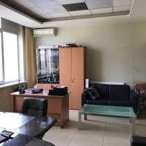 Продам отличный офис с мебелью!, в Красноярске