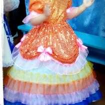 Продам платье на девочек от 4 до 7 лет, в Саяногорске