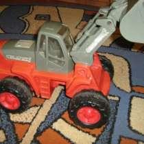 Продается трактор большой, в Сарапуле