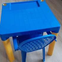 Детский стол со стульчиком пластмассовый, в хорошем состояни, в Туапсе