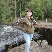 Дарья, 42 года, хочет пообщаться – Ищу весёлого с ноткой романтики и в тоже время чуственного м, в Санкт-Петербурге
