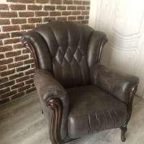 Продам 2 кресла в хорошем состояний ! Срочно продам, в Тюмени