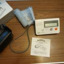 Японский тонометр для измерения давления OMRON HEM-705C, в Москве
