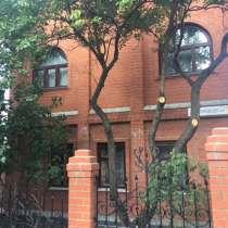 Дом 410 м² на участке 10 сот, в Белгороде