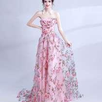 Платье выпускное, праздничное, в цветах, р. 46-50, в г.Днепропетровск