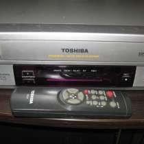 Продам видеомагнитофон TOSHIBA, в Санкт-Петербурге