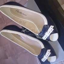 Продаю кожаные туфли в отличном состоянии. Размер 35/36, в г.Бишкек