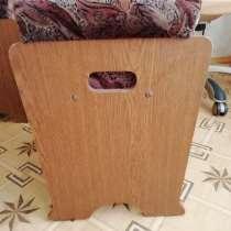 Табурет мягкий, с откидывающейся сидушкой и ящиком, в Ижевске