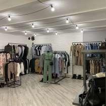 Магазин шоурум женской одежды в Санкт-Петербурге спб питере, в Санкт-Петербурге