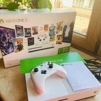 Xbox One S 1 Tb, в Москве
