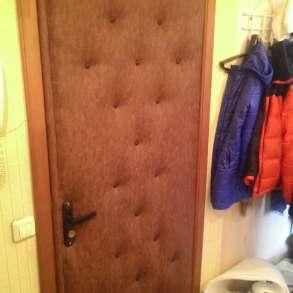 Обшивка обивка перетяжка входной двери дермантином, в Новосибирске