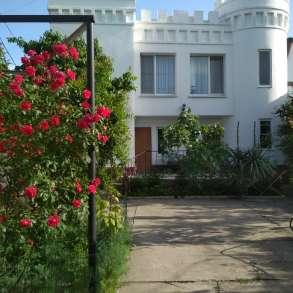 Продается домовладение у моря в Крыму, пгт. Коктебель, в Феодосии