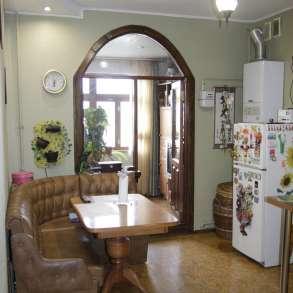 Квартира 80 кв. м с ремонтом в центре Севастополя с чердаком, в Севастополе