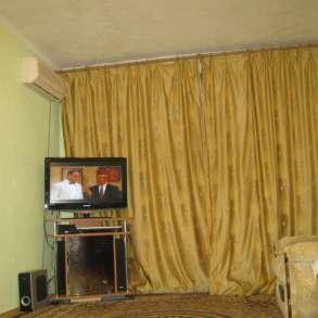 1-комнатная квартира со всеми удобствами 5 минут до моря, в Феодосии