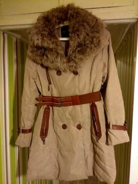 Абсолютно новый пуховик, теплое пальто