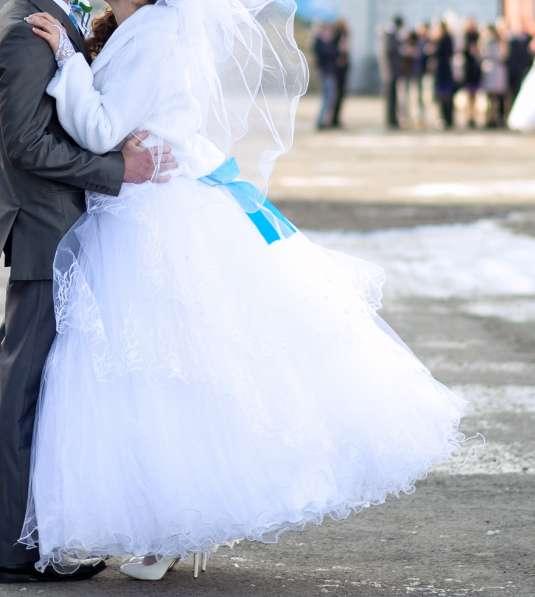 Свадебное платье + подарок
