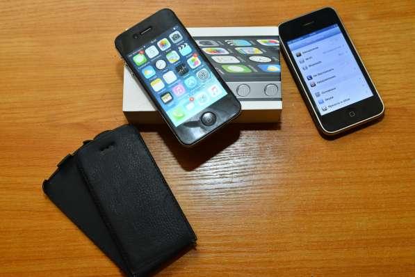 IPhone 4s 8gb (состояние идеальное, с коробкой и т. д.) в Москве