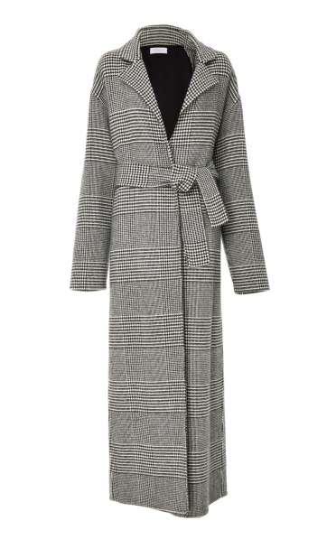 Изготовление стильных пальто, пончо из всех видов ткани в Новосибирске