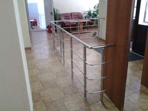Ограждения и лестницы из нержавеющей стали