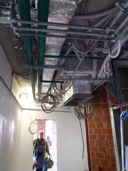 Ремонт квартир, замена батарей, монтаж кондиционеров в Москве фото 8