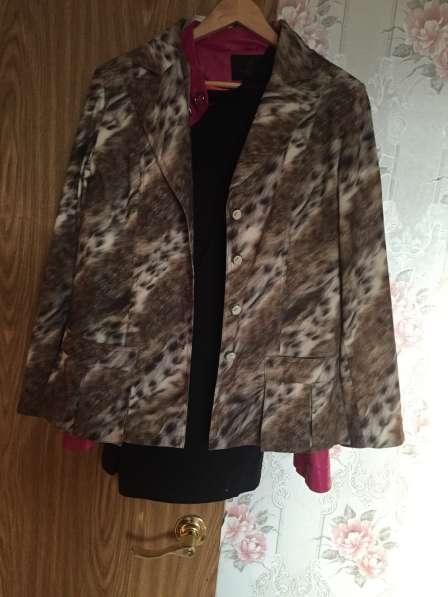 Пиджак теплый большого размера