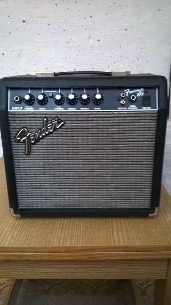Продам гитарный комбо Fender Frontman 15G