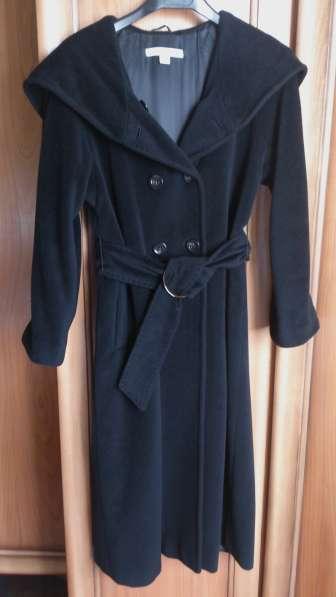 Пальто женское Marella