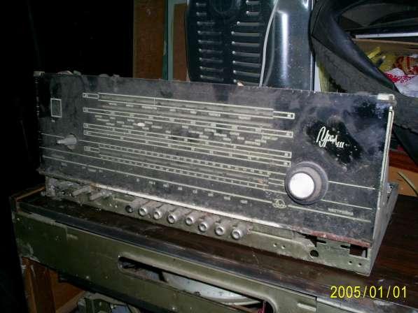 Ламповый приемник Урал-111