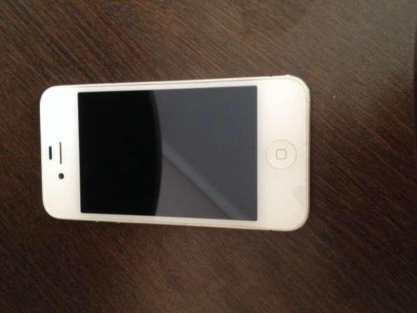 Продам iPhone 4S 64 gb