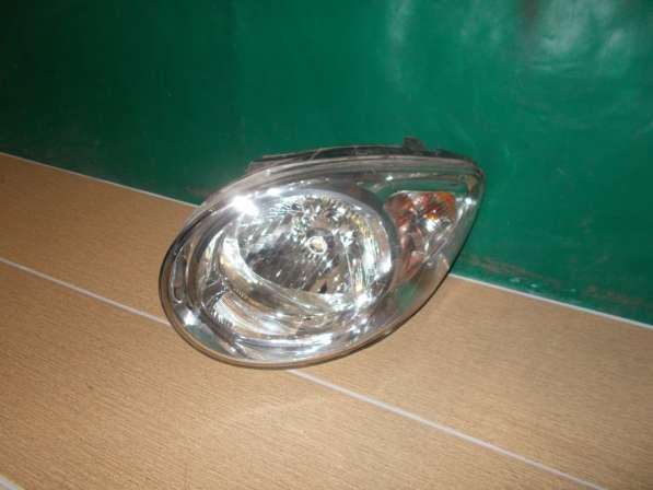 Kia Picanto 2009г Передняя левая фара б/у Оригинал