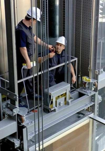 Монтаж подъемников и лифтов.