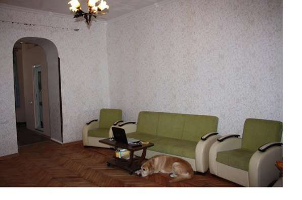 Продаётся квартира в фото 9
