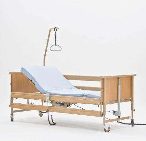 Медицинская кровать Economic II (Германия) плюс оборудование.