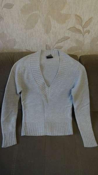 Тёплый свитер (торг уместен)