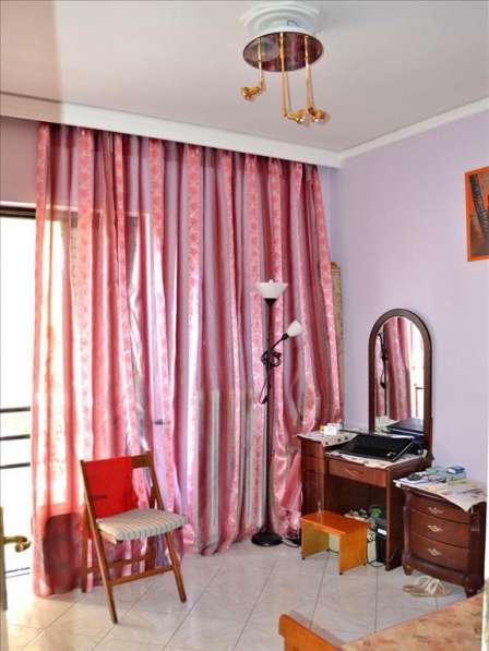 Продам квартиру в Афинах в идеальном состоянии в фото 3